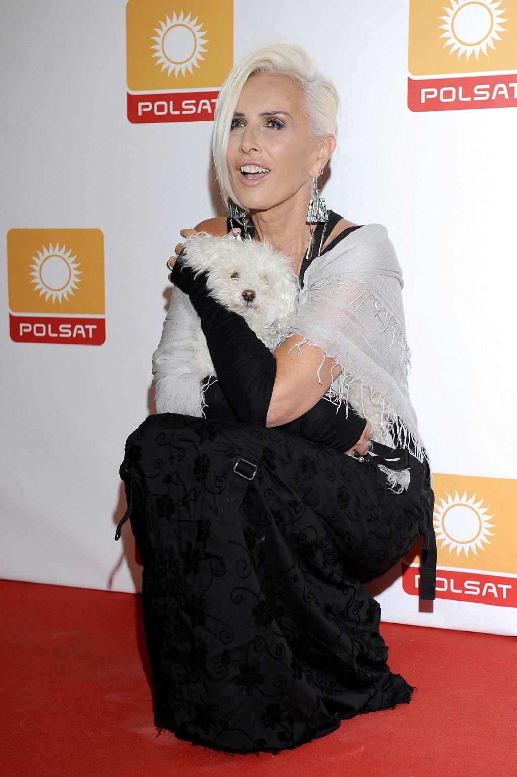 Wokalistka Kora ma ściance z ukochanym psem.
