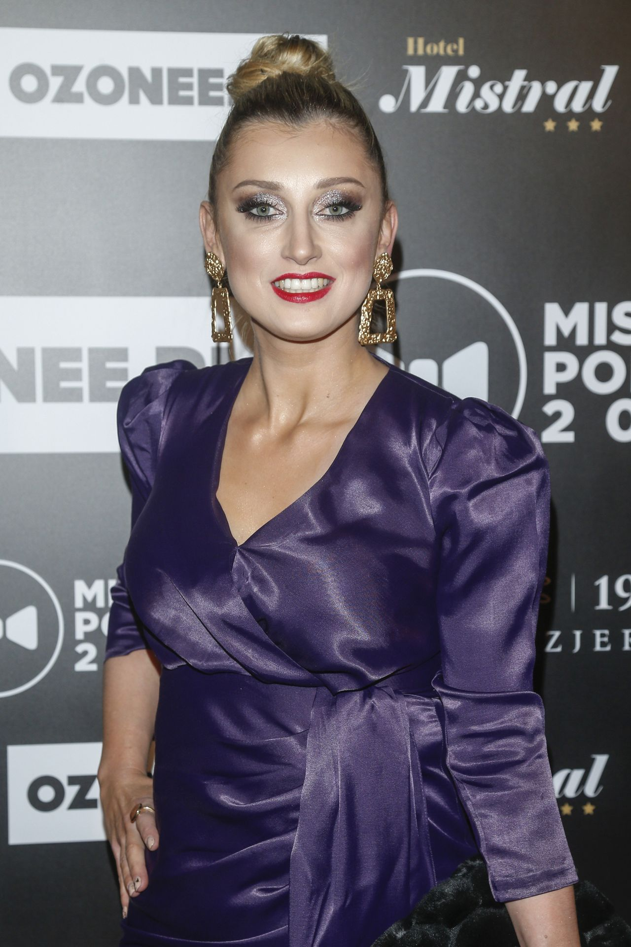 Justyna Żyła na ściance.