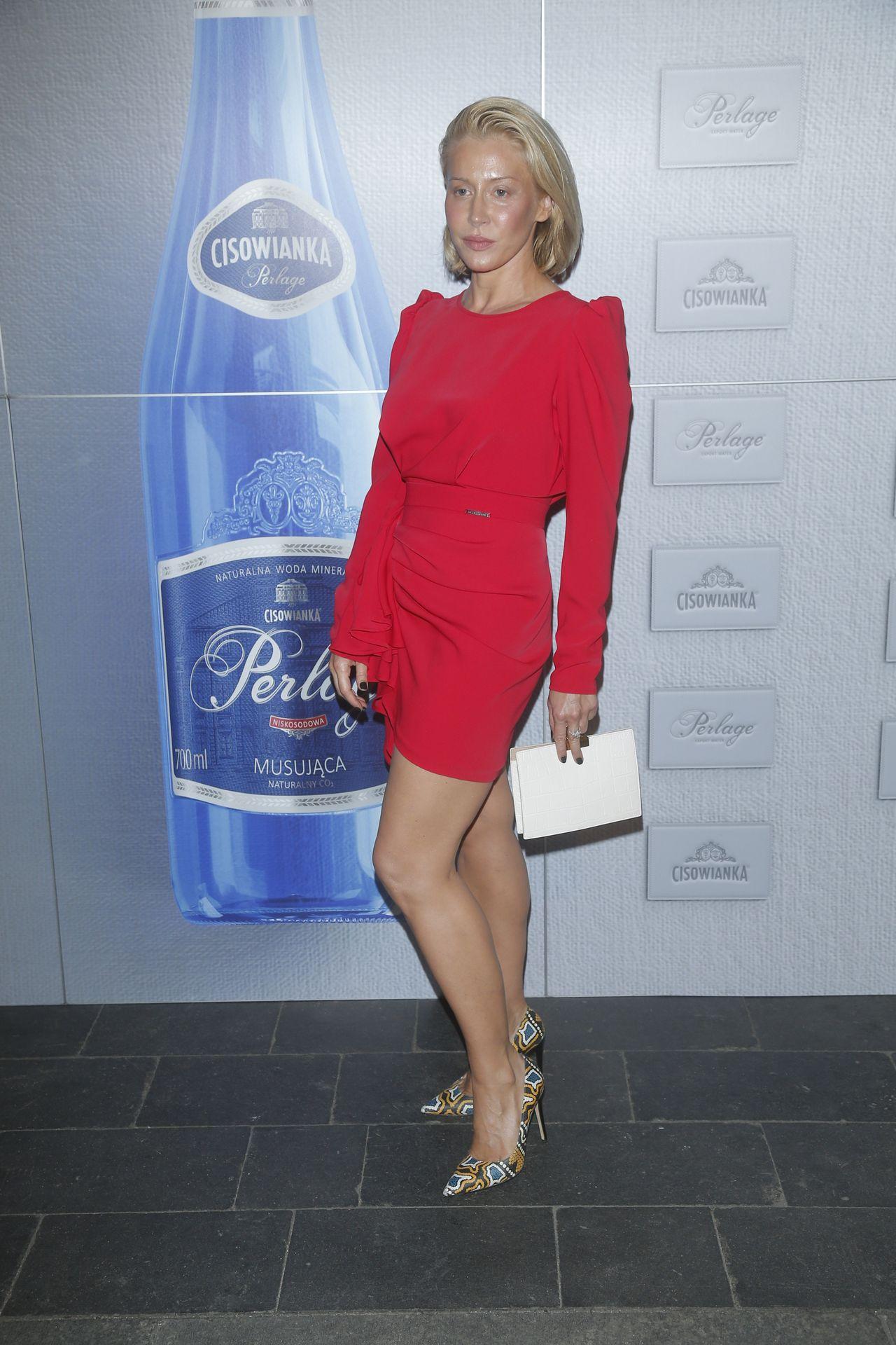 Katarzyna Warnke na ściance.