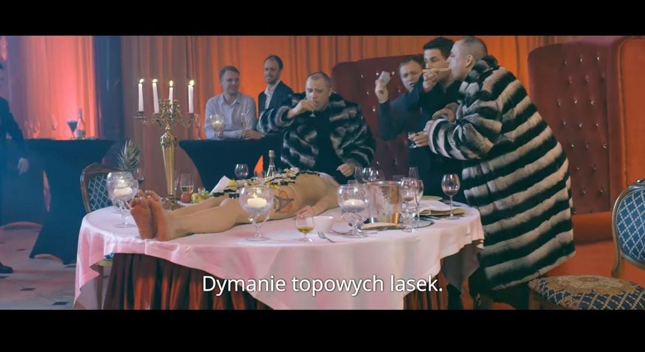 "Screen zwiastunu filmy ""Pętla"" Patryka Vegi."
