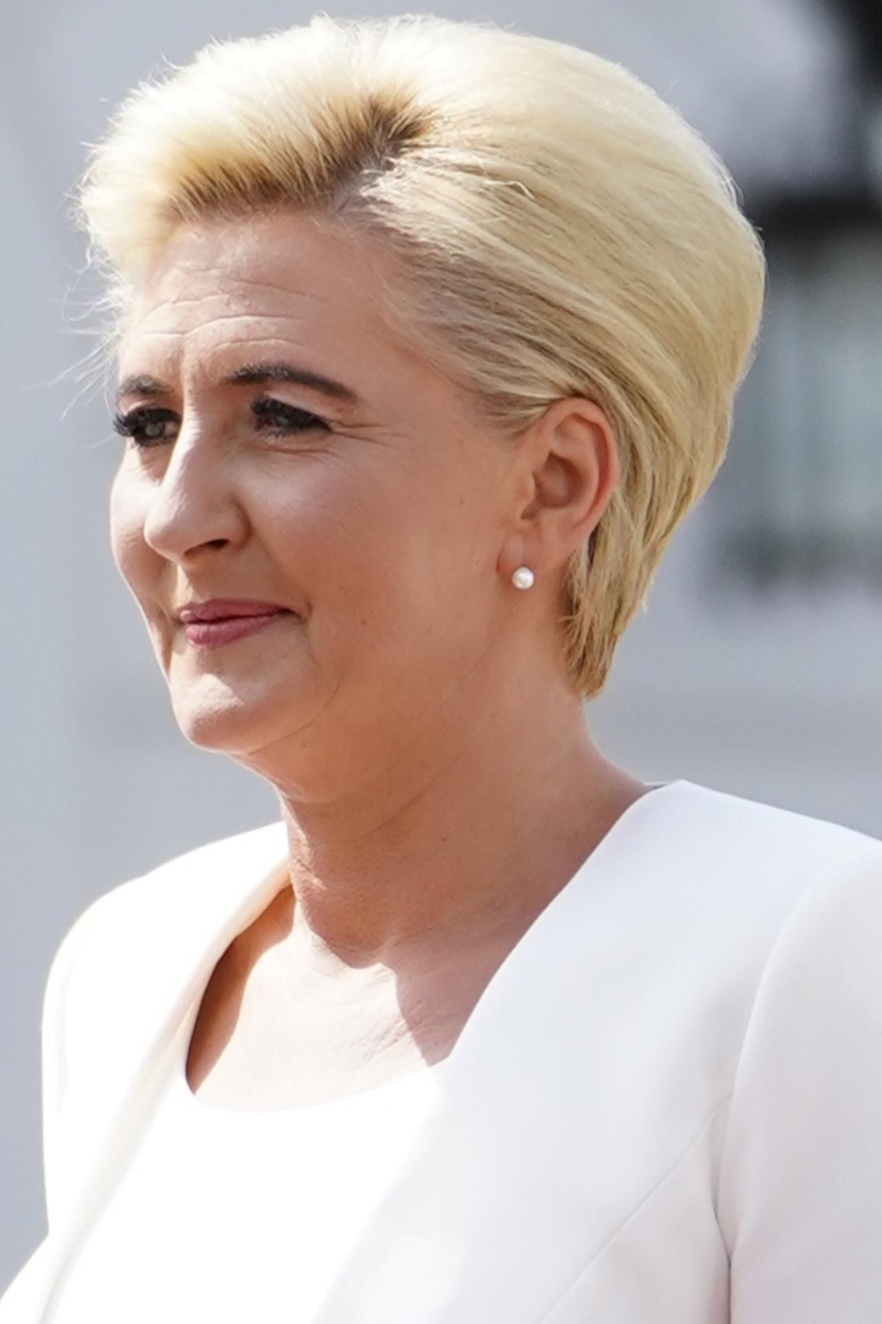 Agata Duda znowu cała na biało na zaprzysiężeniu Andrzeja Dudy.