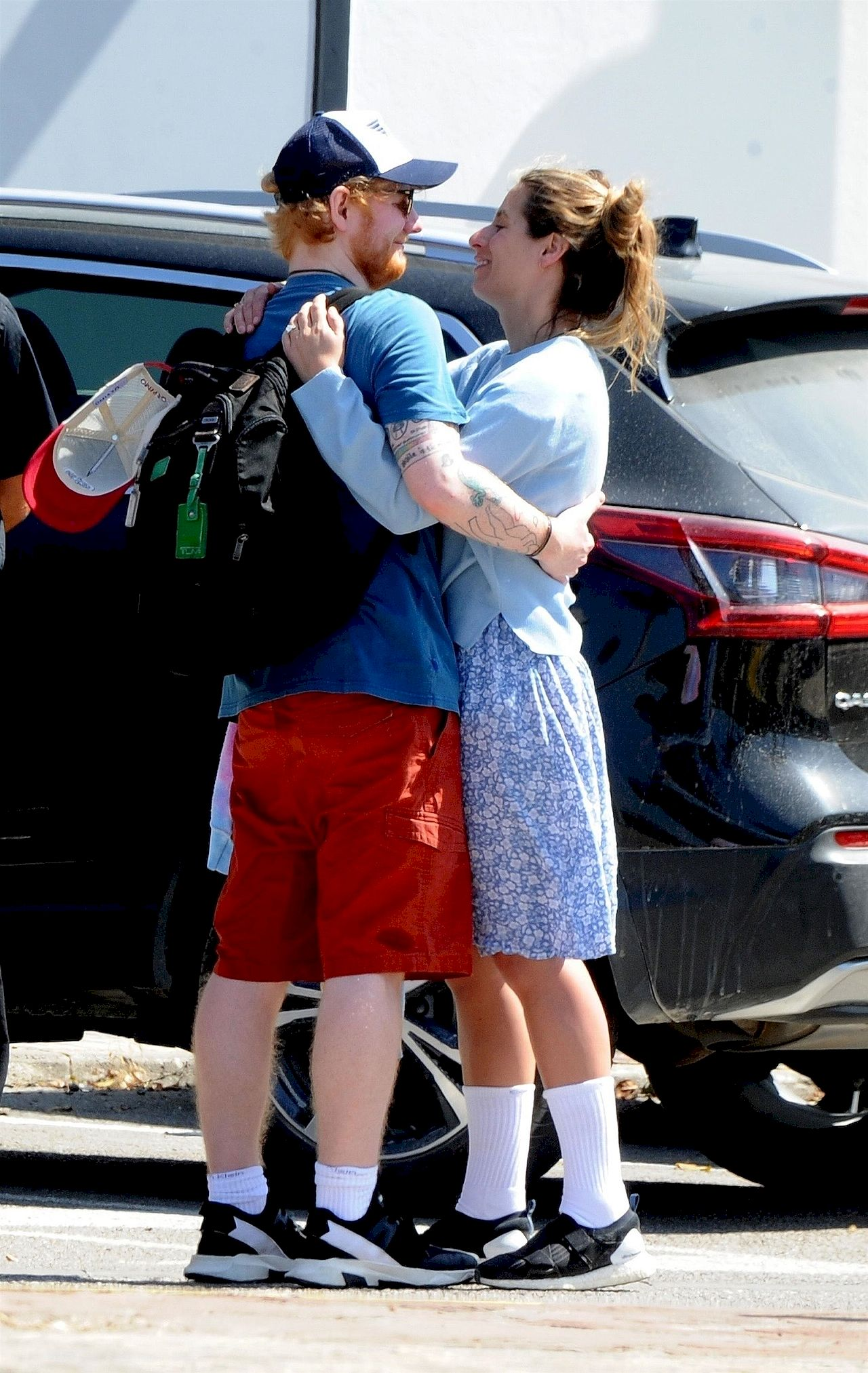 Ed Sheeran całuje ukochaną