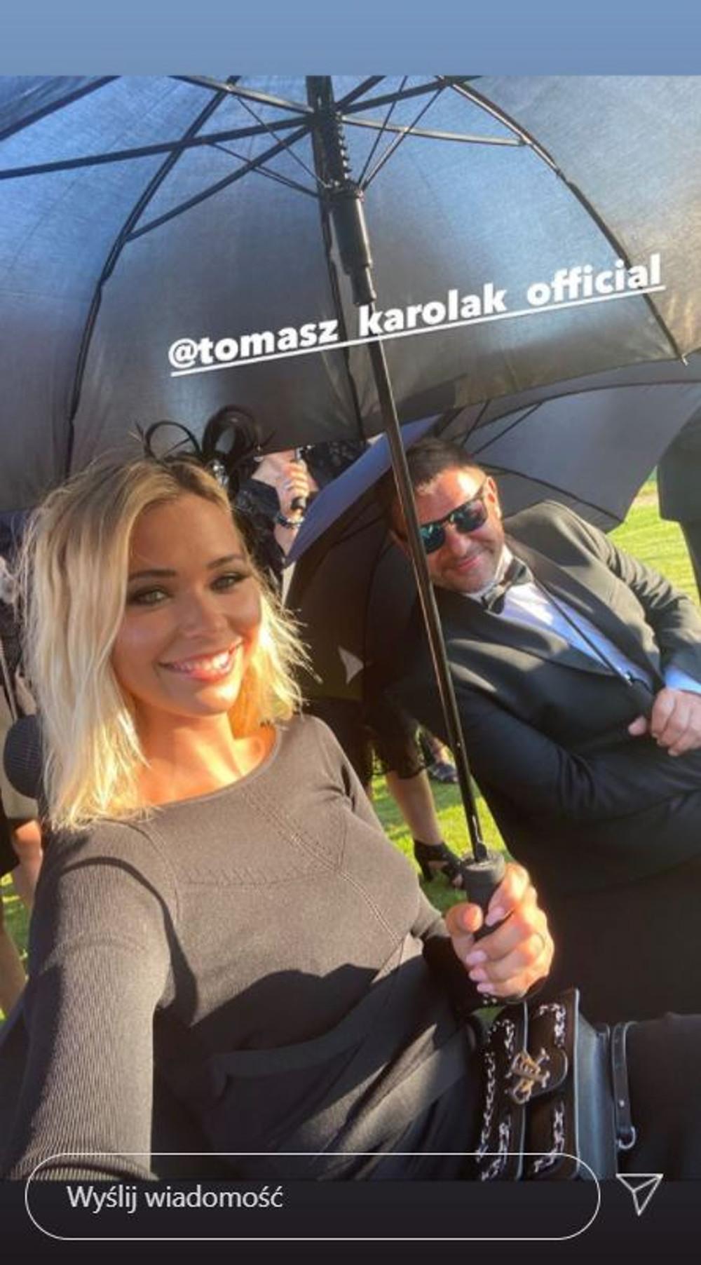 Sandra Kubicka na planie filmowym z Tomaszem Karolakiem.