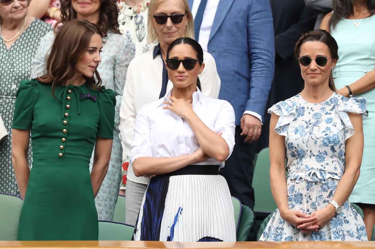 Meghan Markle z księżną Kate i jej siostrą Pippą Middleton.