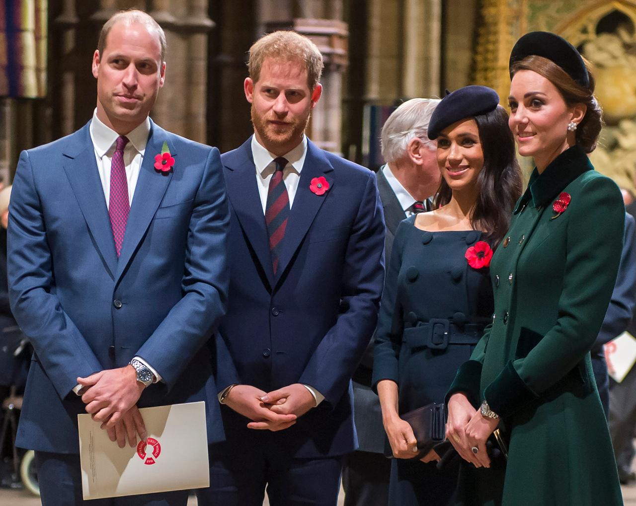 Meghan Markle i Księżna Kate z mężami na oficjalnym wystąpieniu rodziny królewskiej.