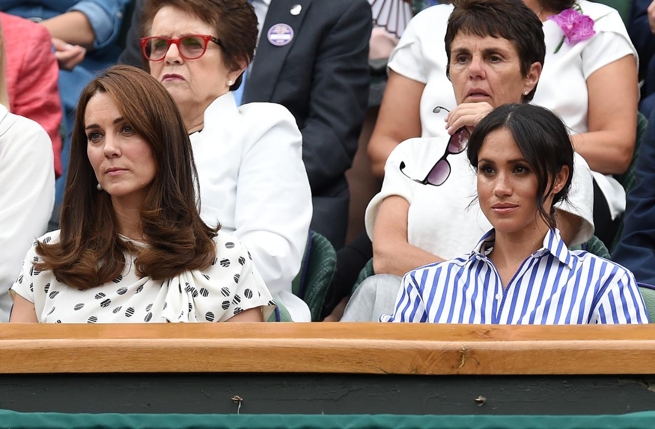 Meghan Markle i Księżna Kate na meczu tenisa.