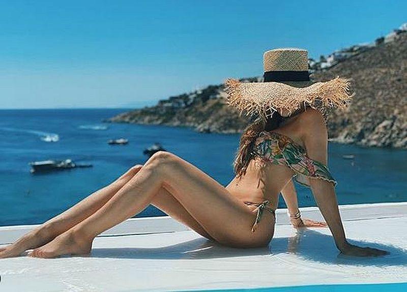 Marina w bikini