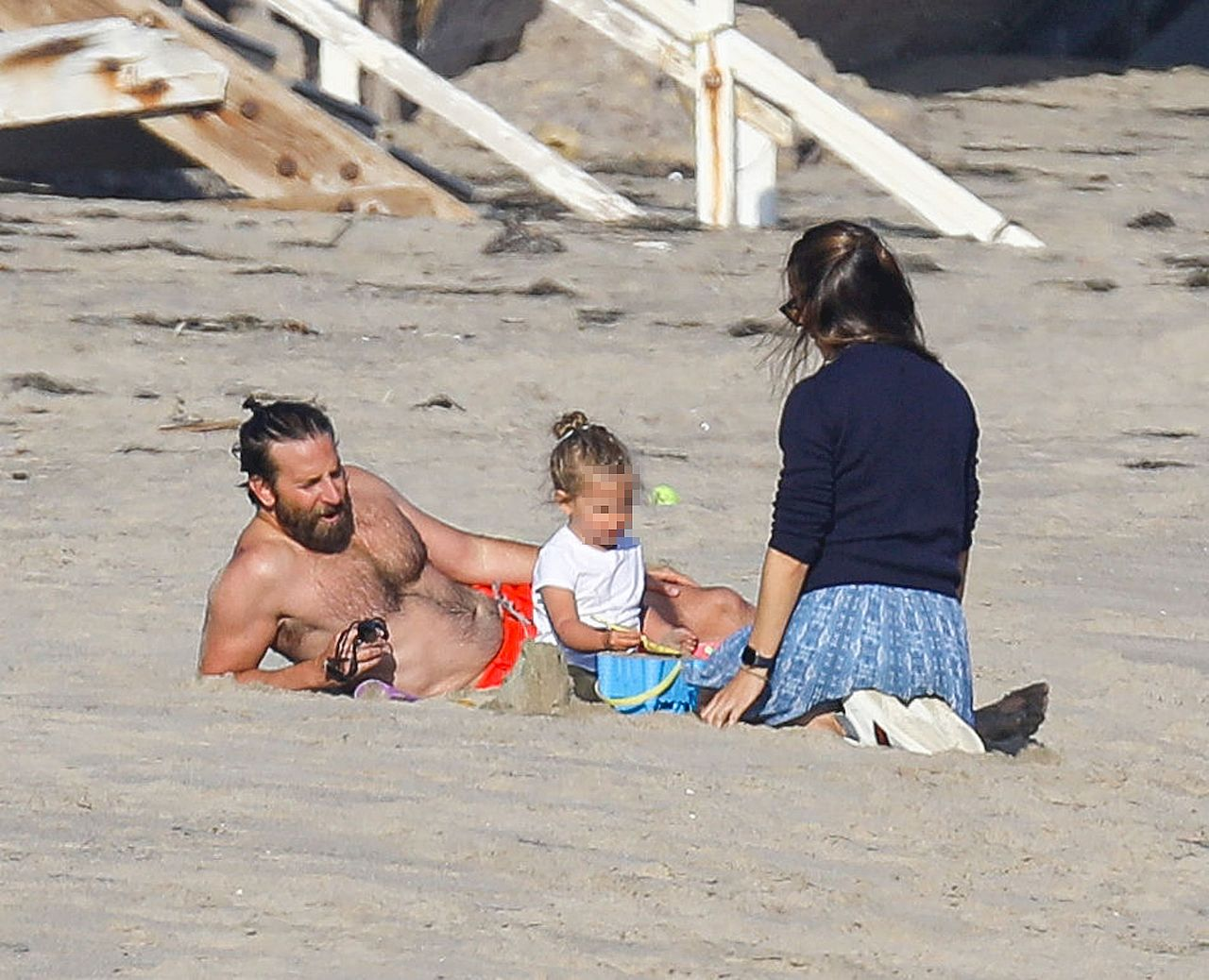 Bradley Cooper i Jennifer Garner razem na plaży
