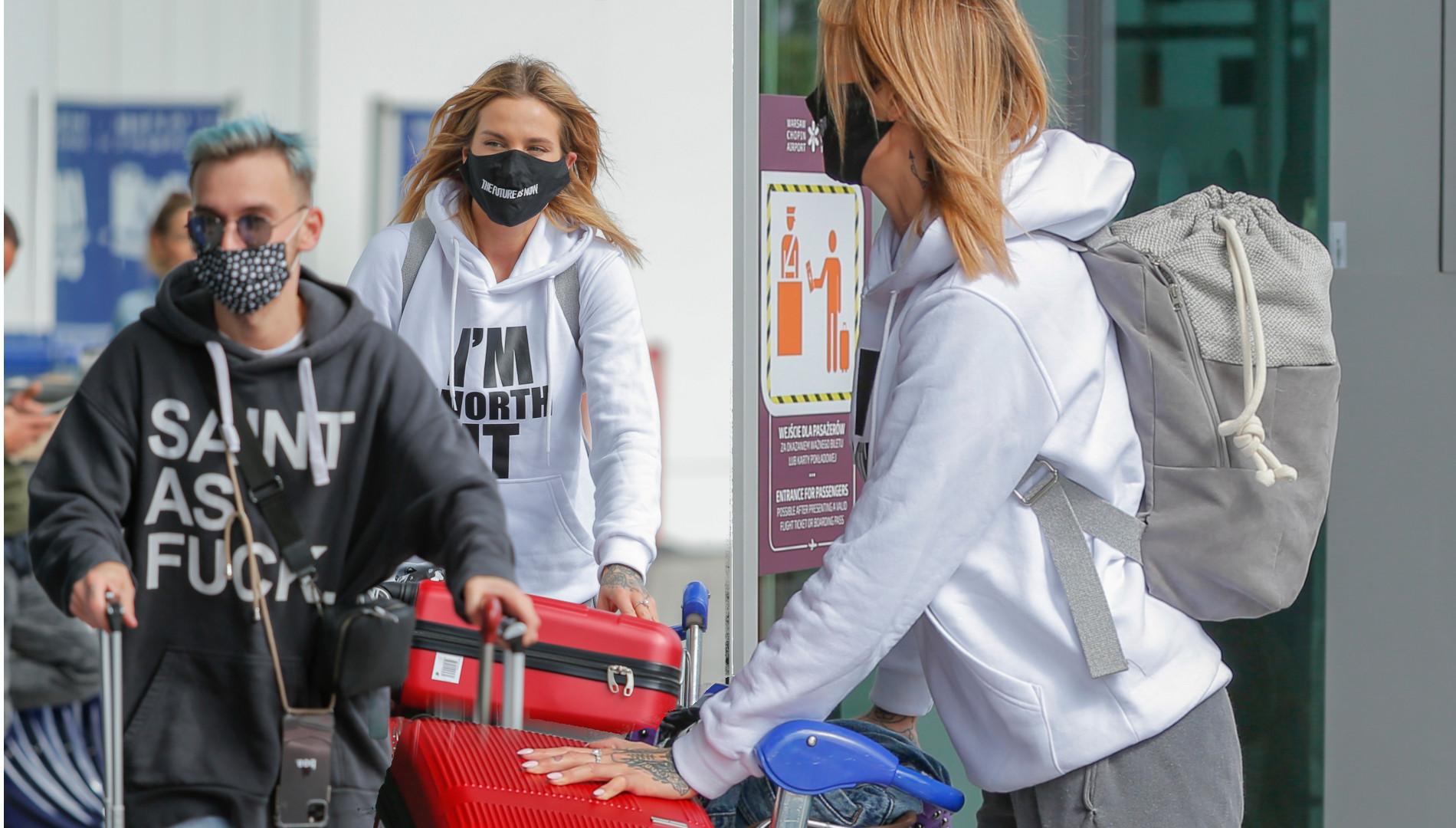 Karolina Gilon PRZYŁAPANA na lotnisku. Zabrała wielkie walizki