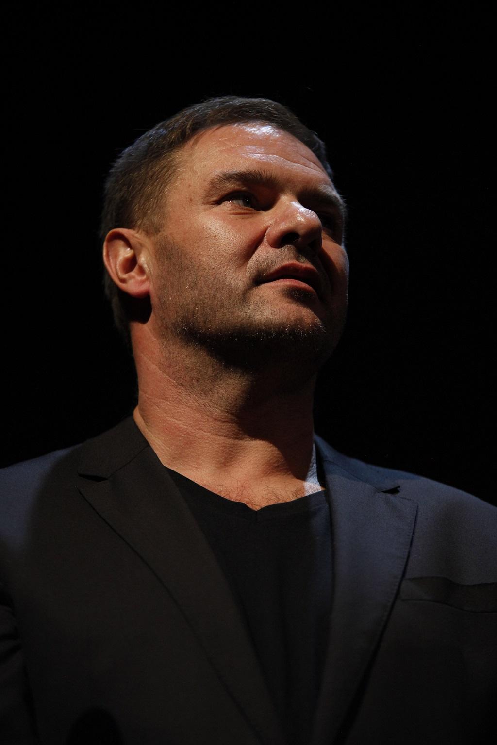 Tomasz Karolak na festiwalu filmowym.
