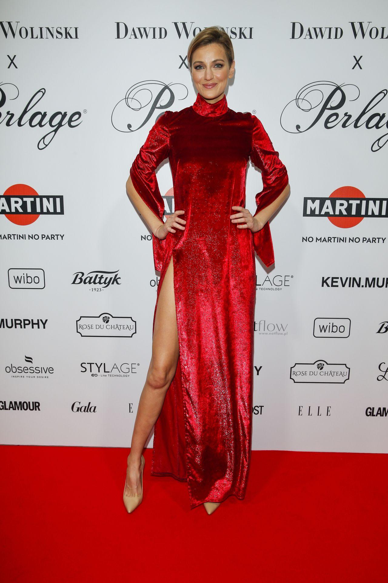 Renata Kaczoruk w czerwonej sukni