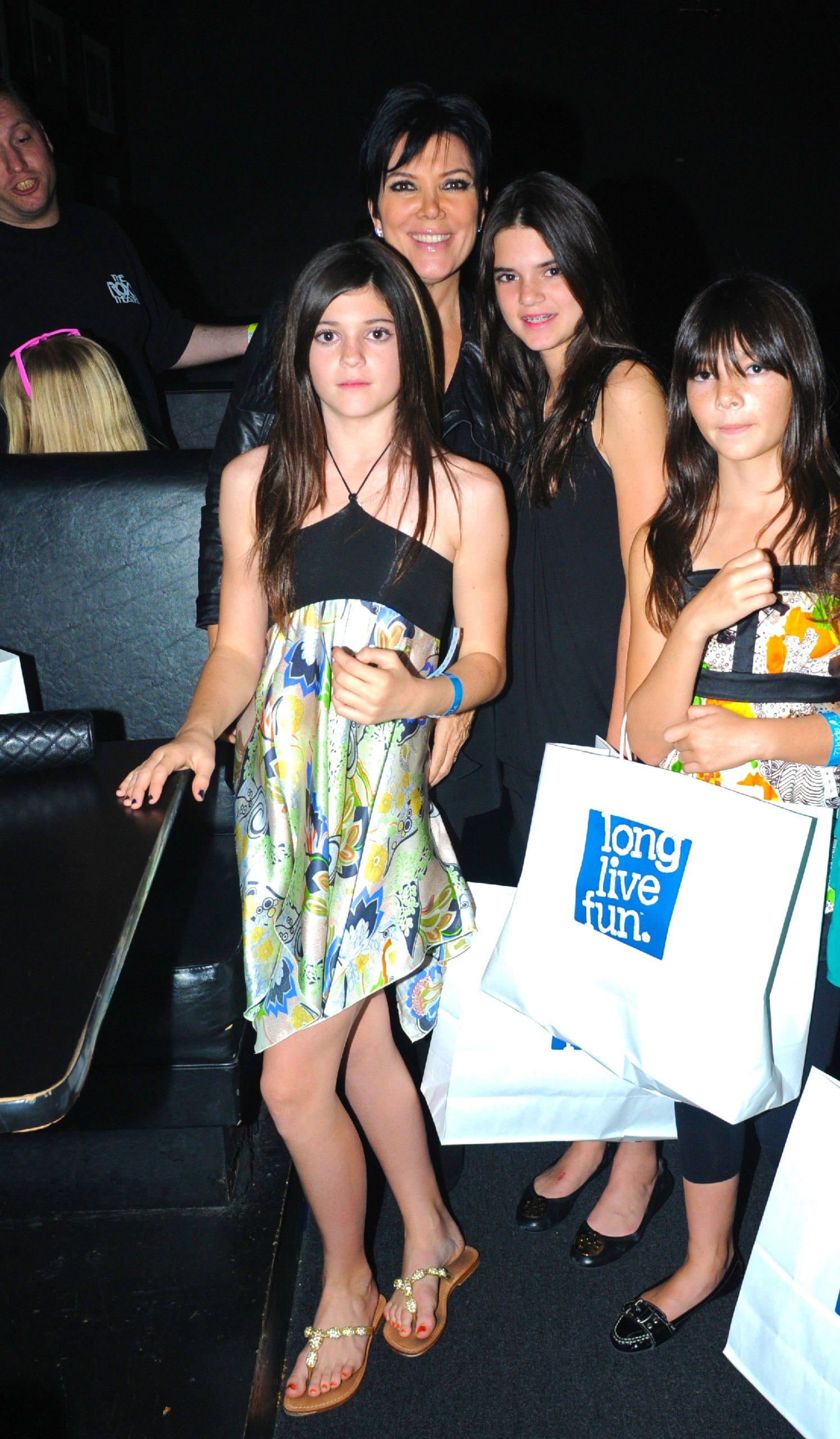 Kris Jenner z córkami, fot. Forum