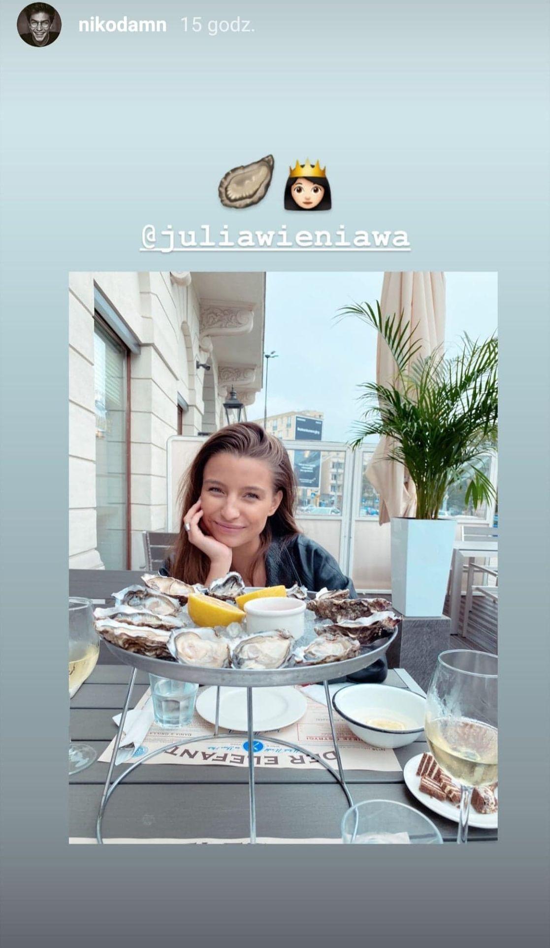 Julia Wieniawa w restauracji