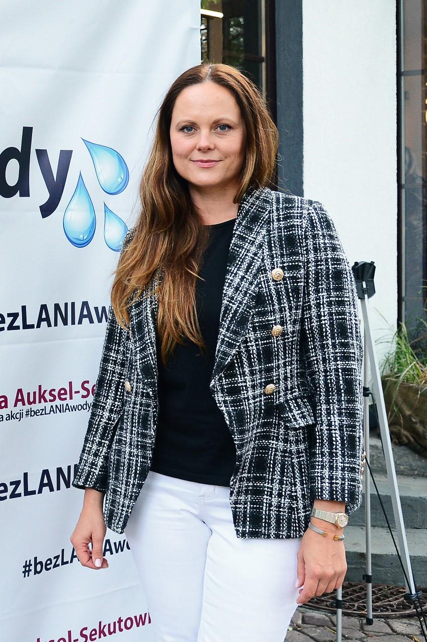 Radna M. Warszawy Anna Auksel inicjatorka akcji #bezlaniawody