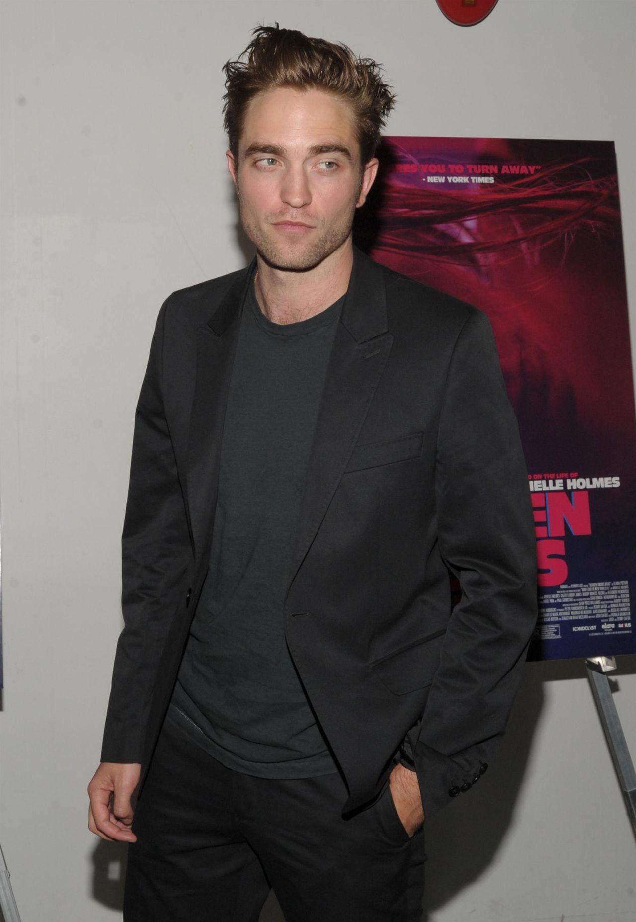 Robert Pattinson na ściance
