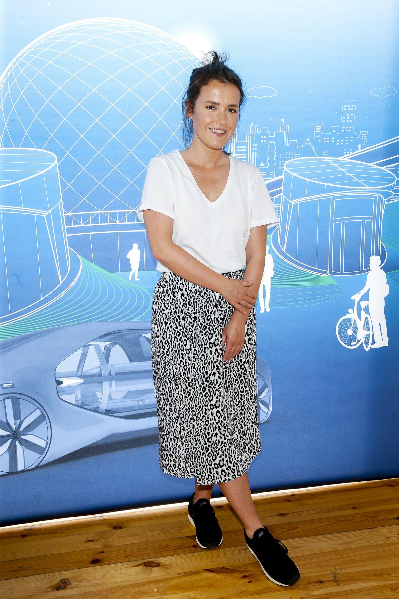 Olga Frycz na ściance