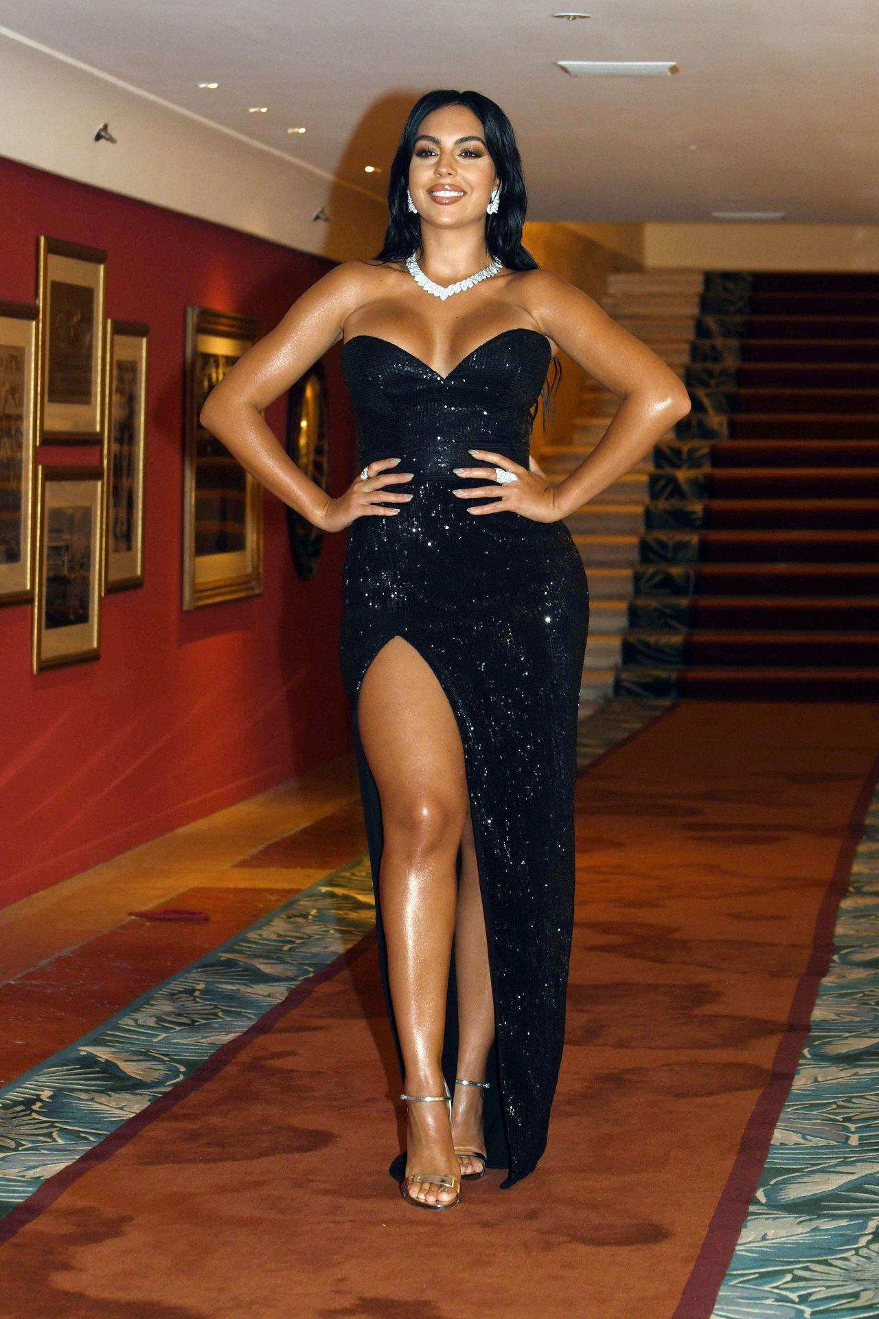 Georgina Rodriguez w czarnej sukni