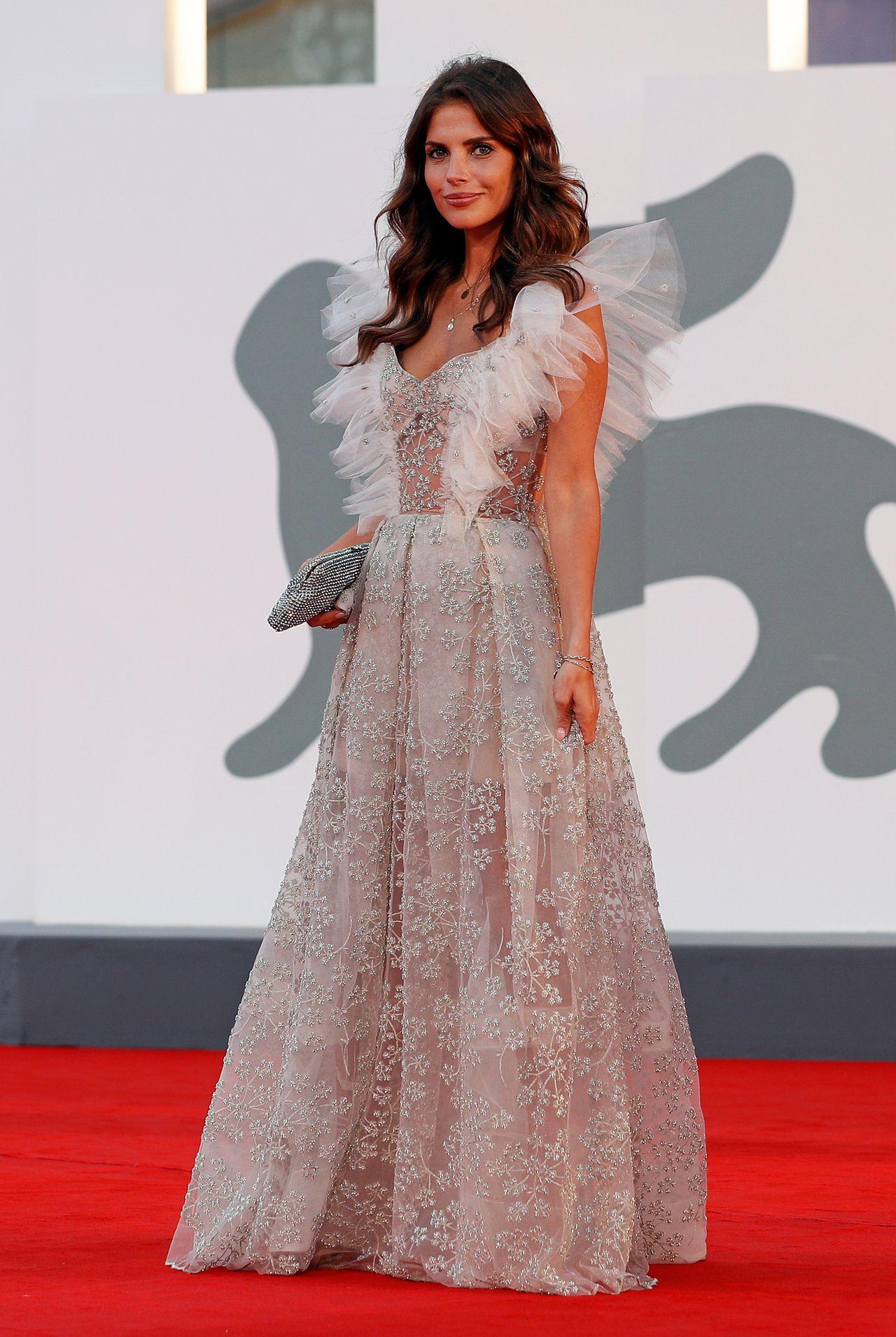 Weronika Rosati w przepięknej sukni na Festiwalu w Wenecji