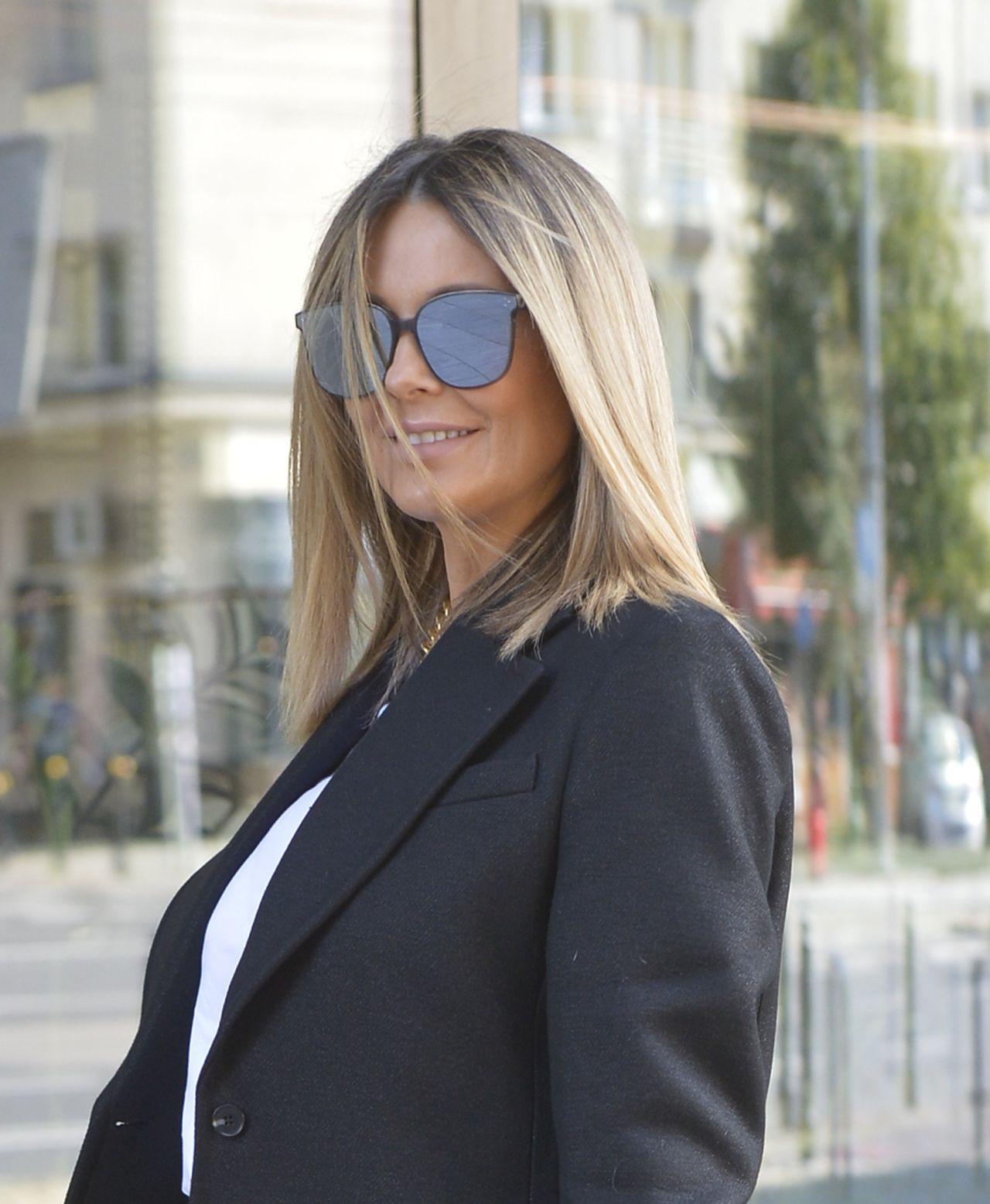 Małgorzata Rozenek-Majdan w eleganckim garniturze.