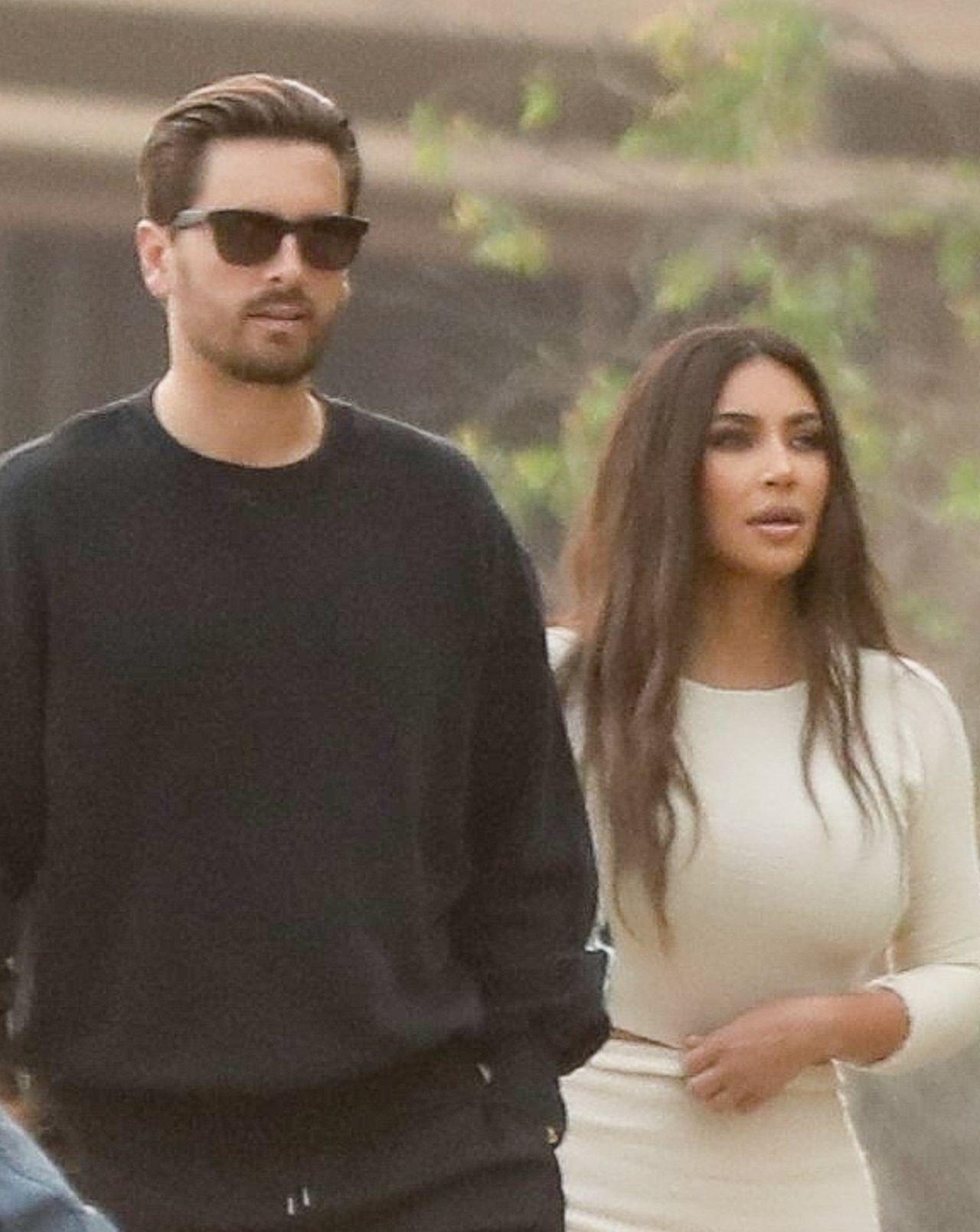 Kim Kardashian i Scott Disick na planie KUWTK.