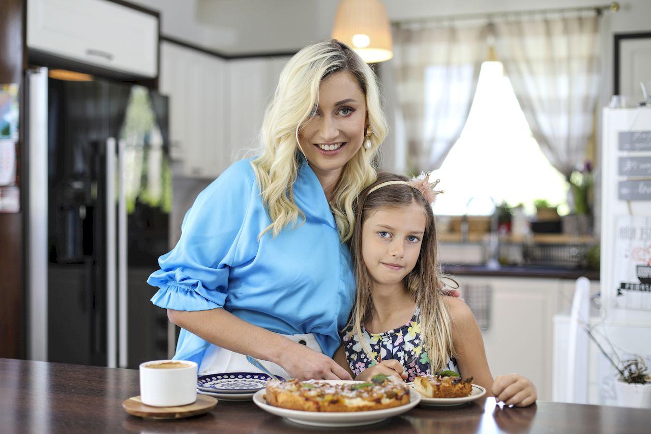 Justyna Żyła chętnie gotuje z córką