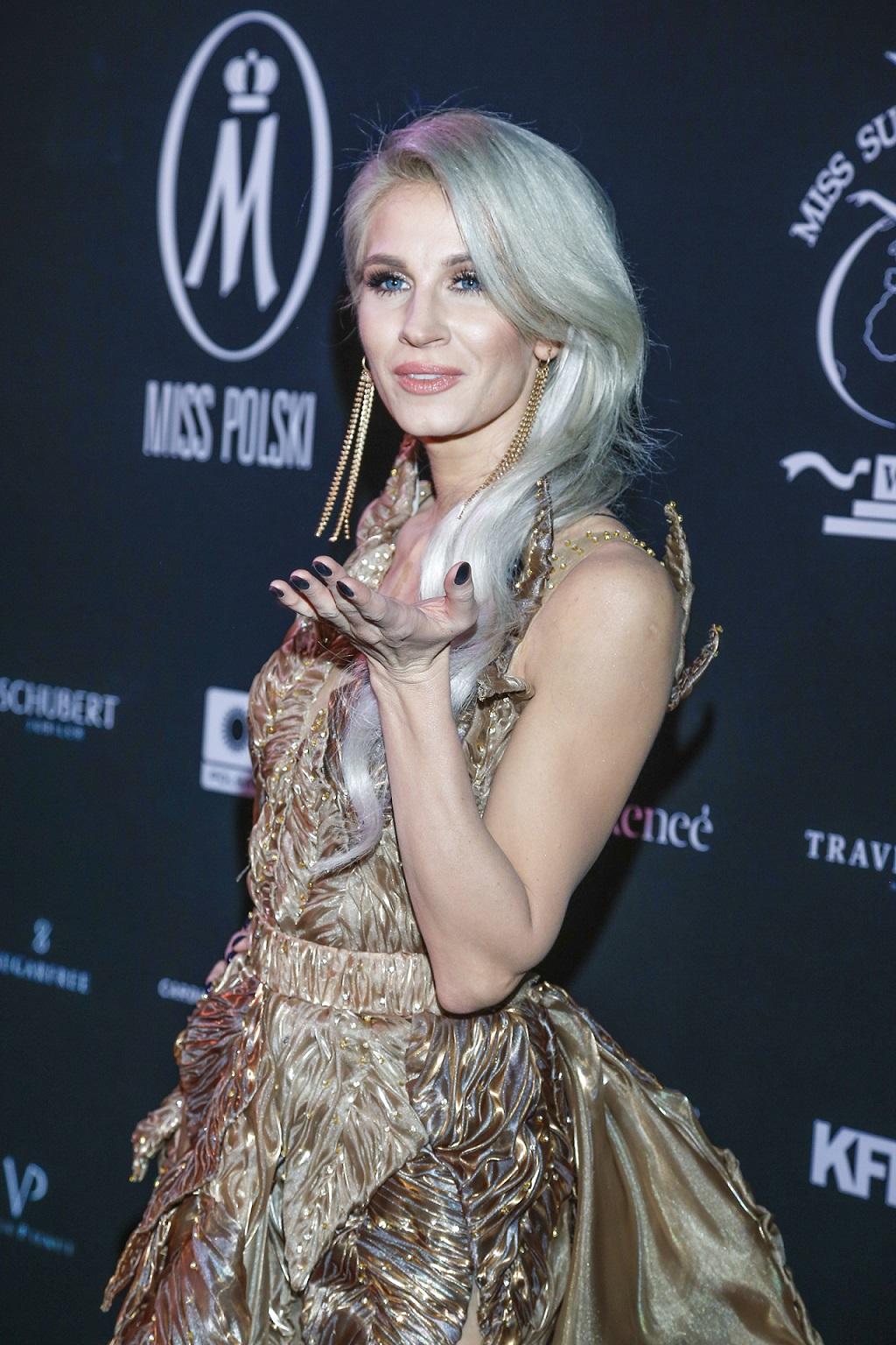 Sylwia Grzeszczak w bajkowej sukience.