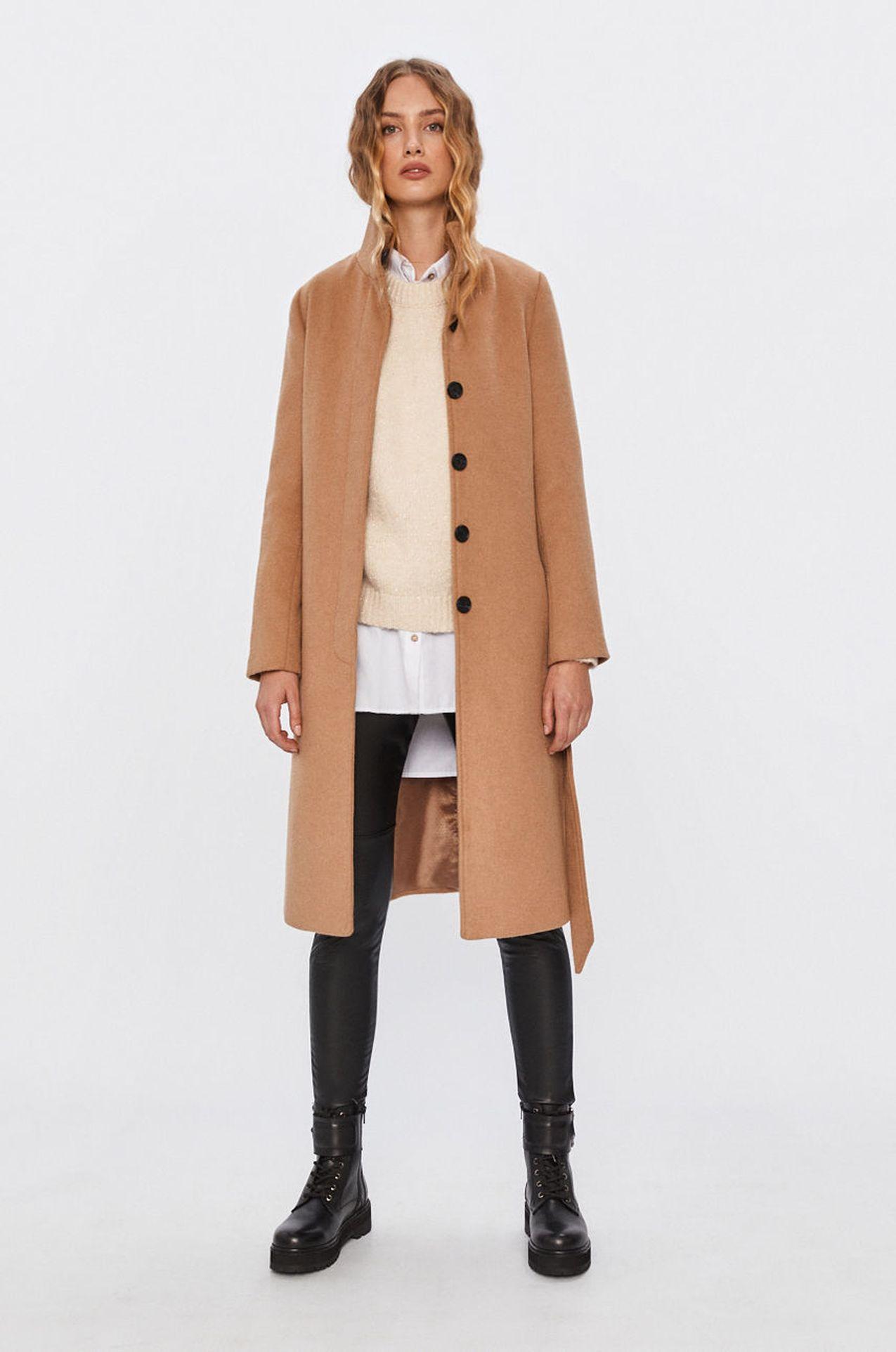 Beżowy płaszcz do łydki