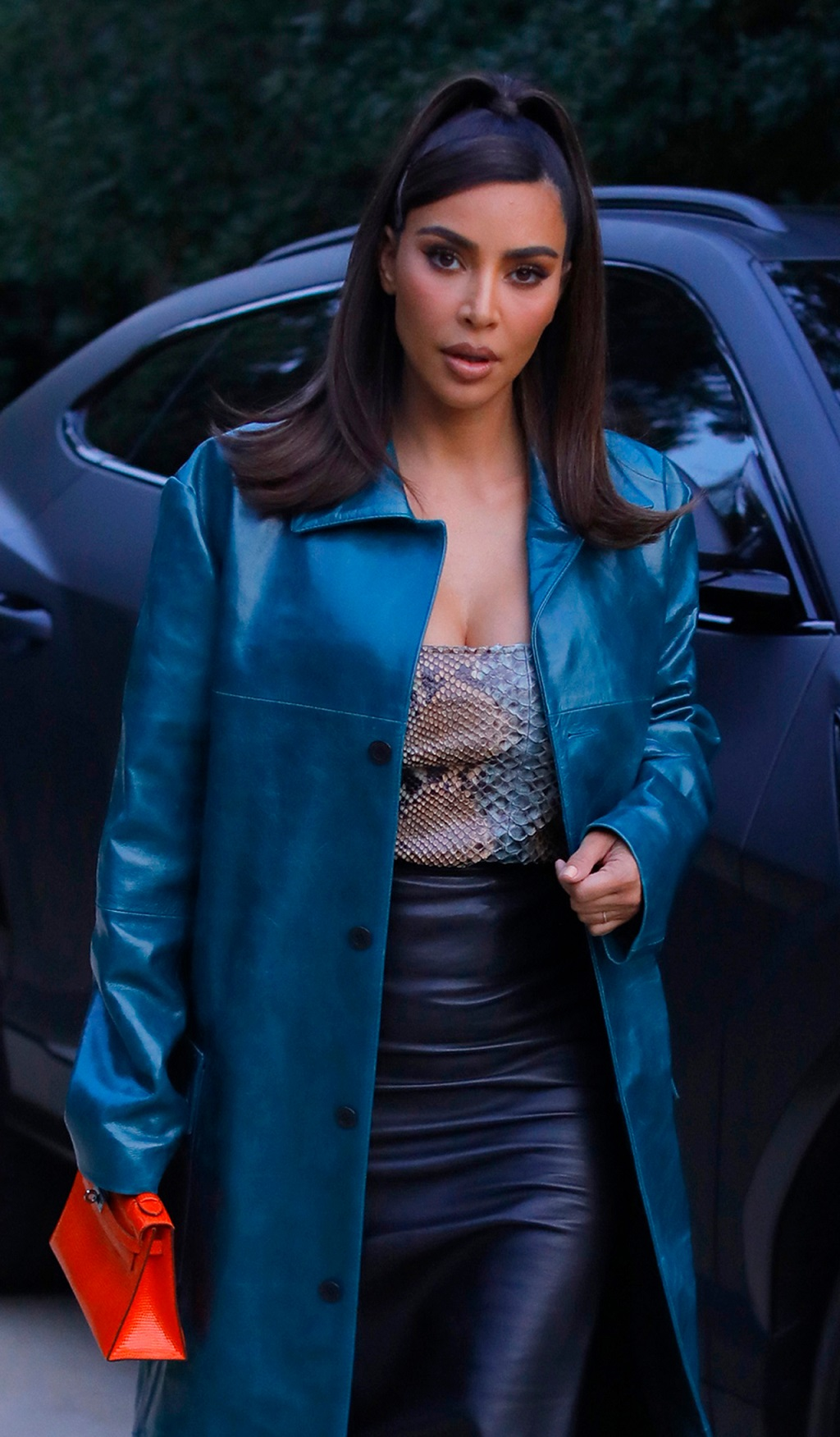 Kim Kardashian w drodze na spotkanie biznesowe.