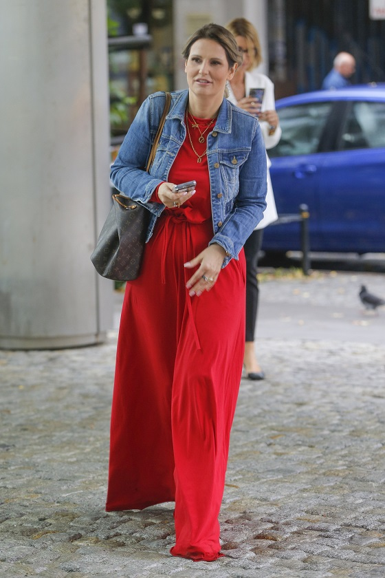 Dominika Tajner w drodze do studia