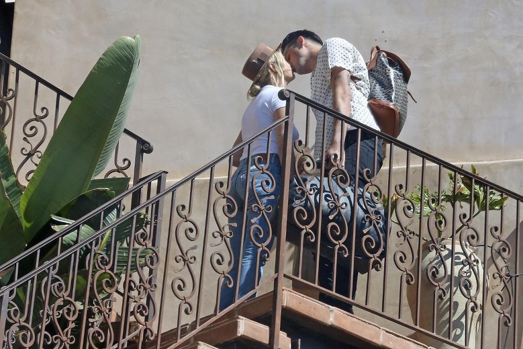 Ashley Benson i G Eazy przyłapani na pocałunku.