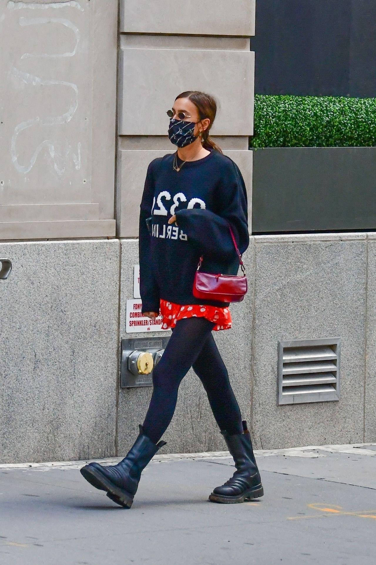 Irina Shayk w modnych butach