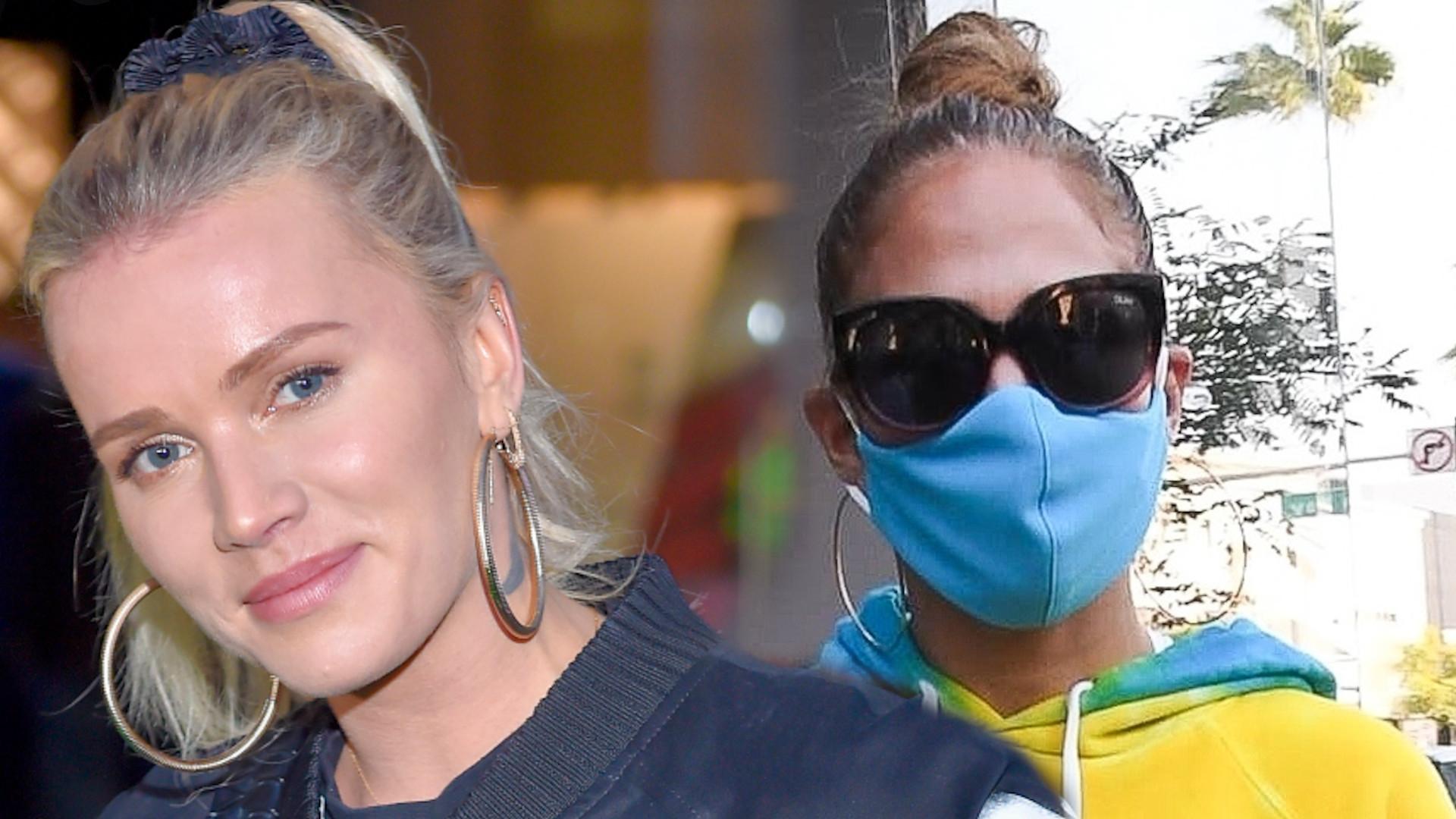 WOW! Jennifer Lopez ubrała się dokładnie tak samo jak Maffashion