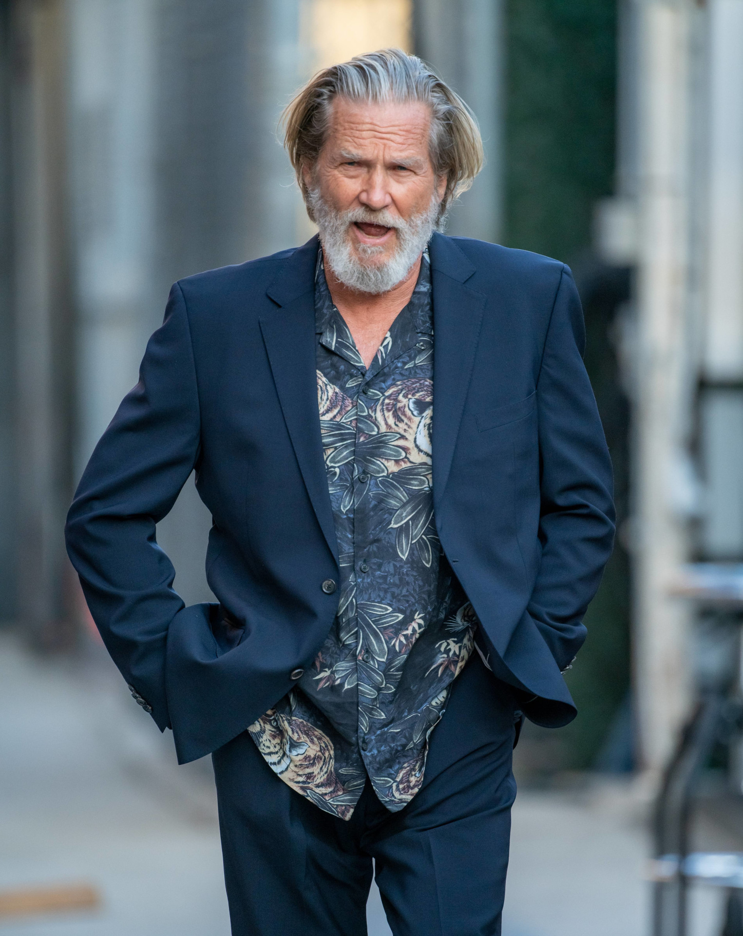 Jeff Bridges na ulicy w Los Angeles, fot. Forum