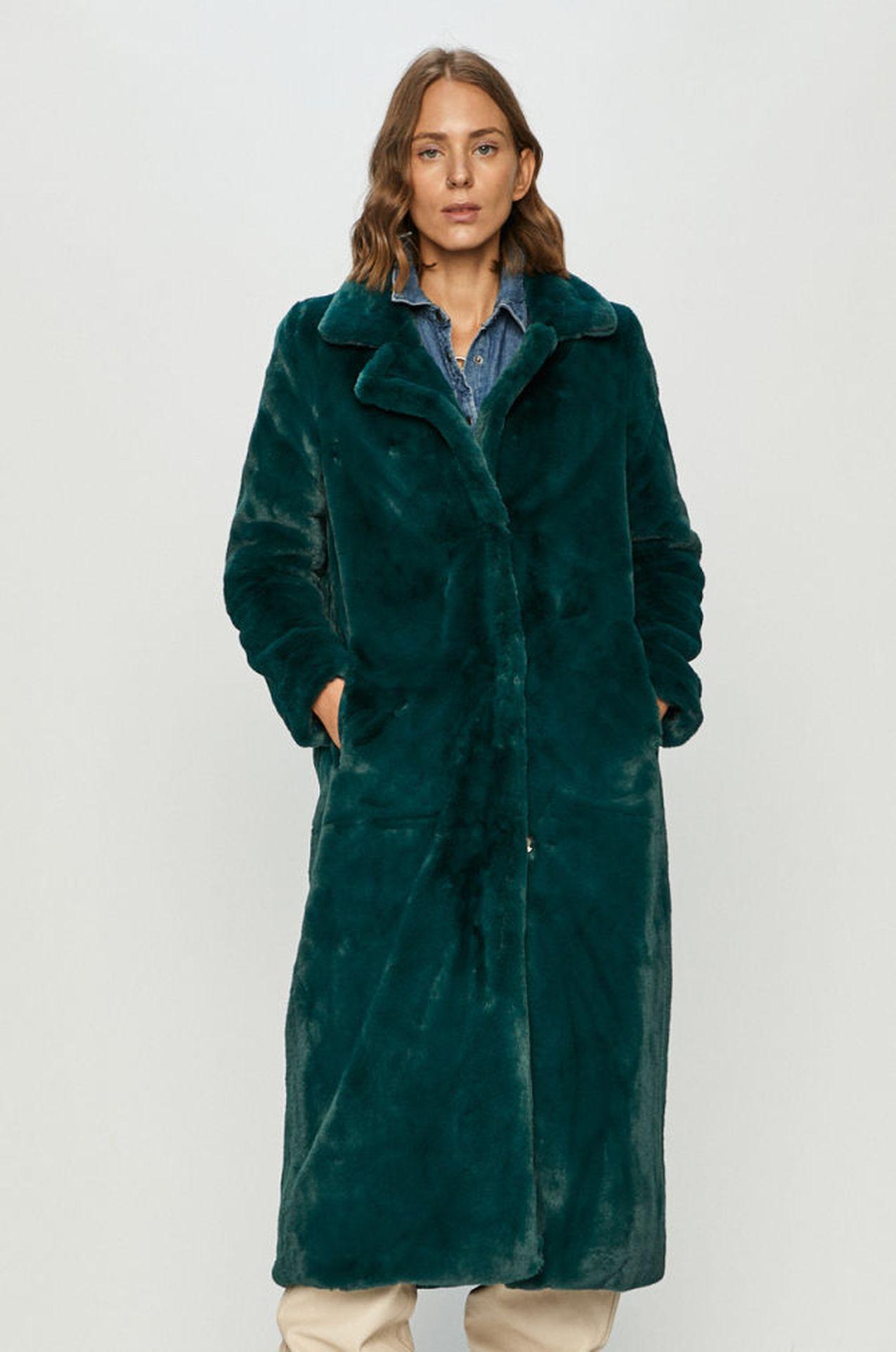 Płaszcz w kolorze morskim