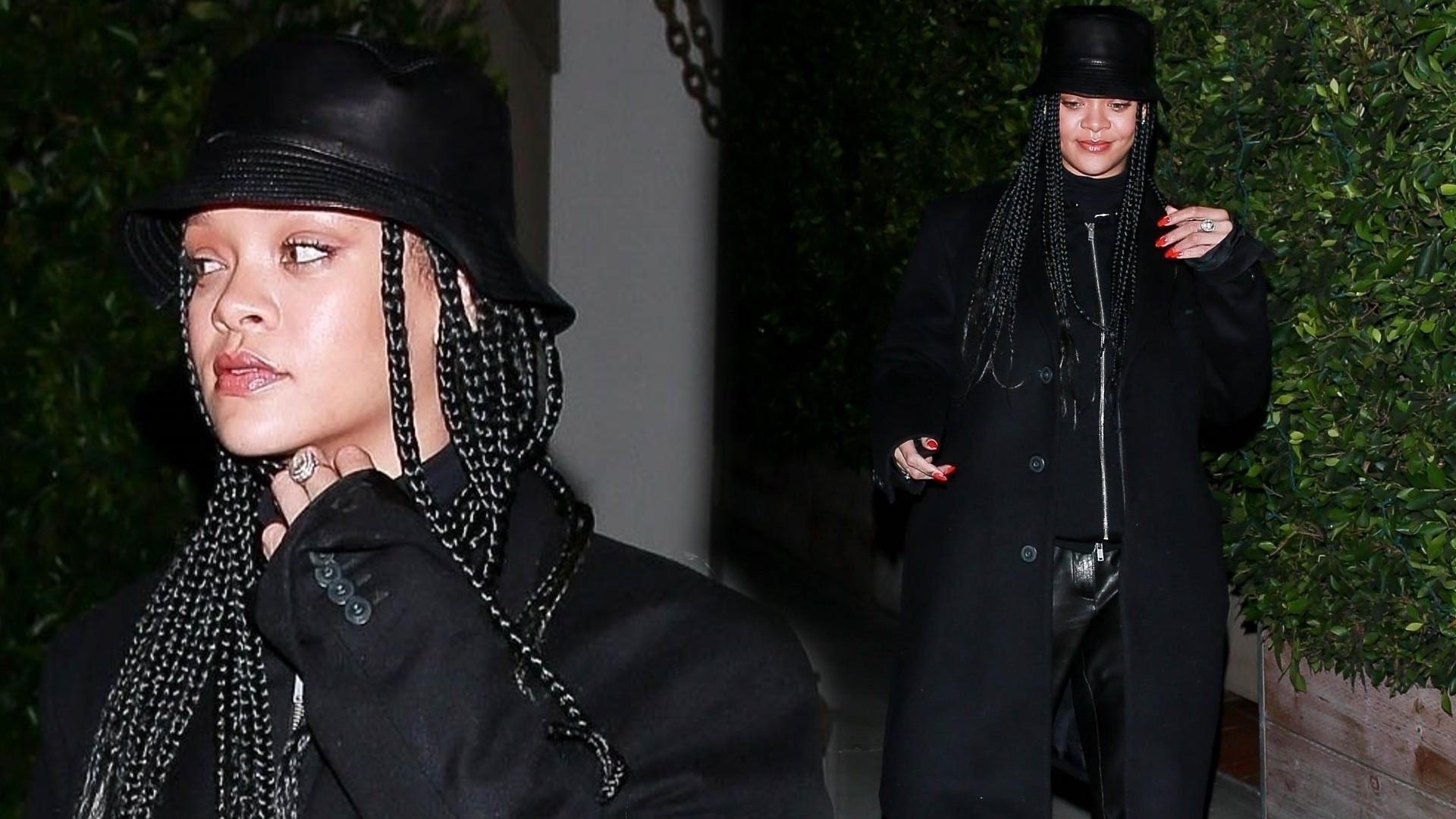 Rihanna cała na czarno w NAJBRZYDSZYCH butach świata (FOTO)