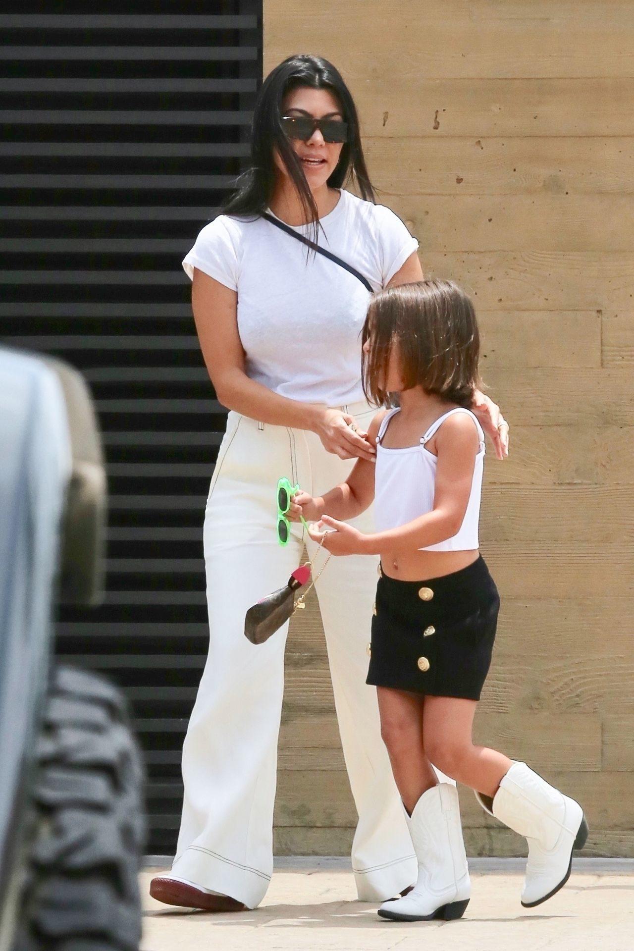 Kourtney Kardashian z Penelope.