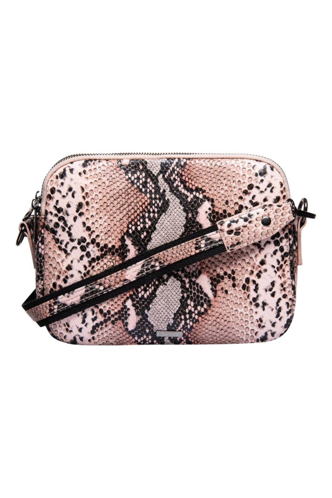 Różowa torebka w wężowy wzór