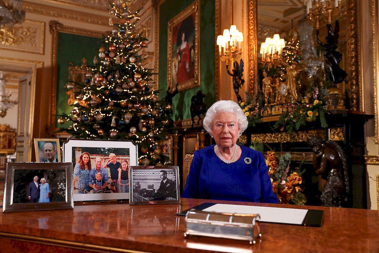 Królowa Elżbieta podczas świątecznego przemówienia