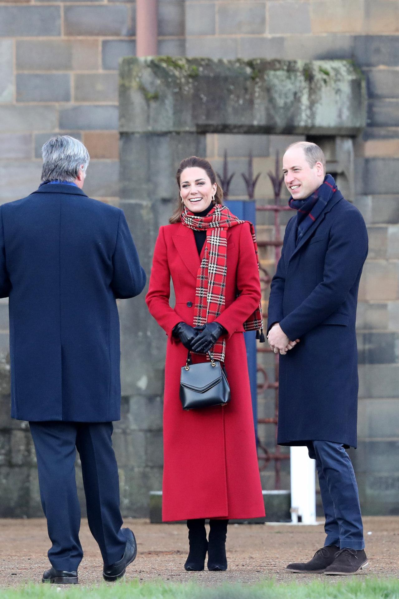 Kate Middleton z dziwną torebką, fot. Forum