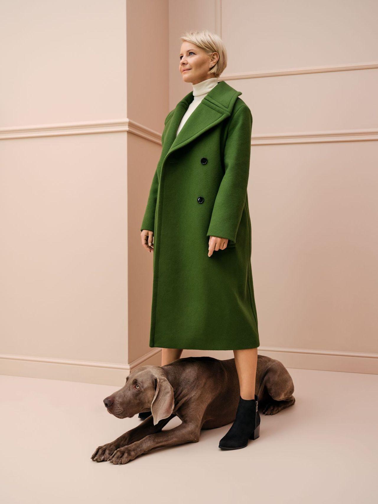 Małgorzata Kożuchowska w zielonym płaszczu