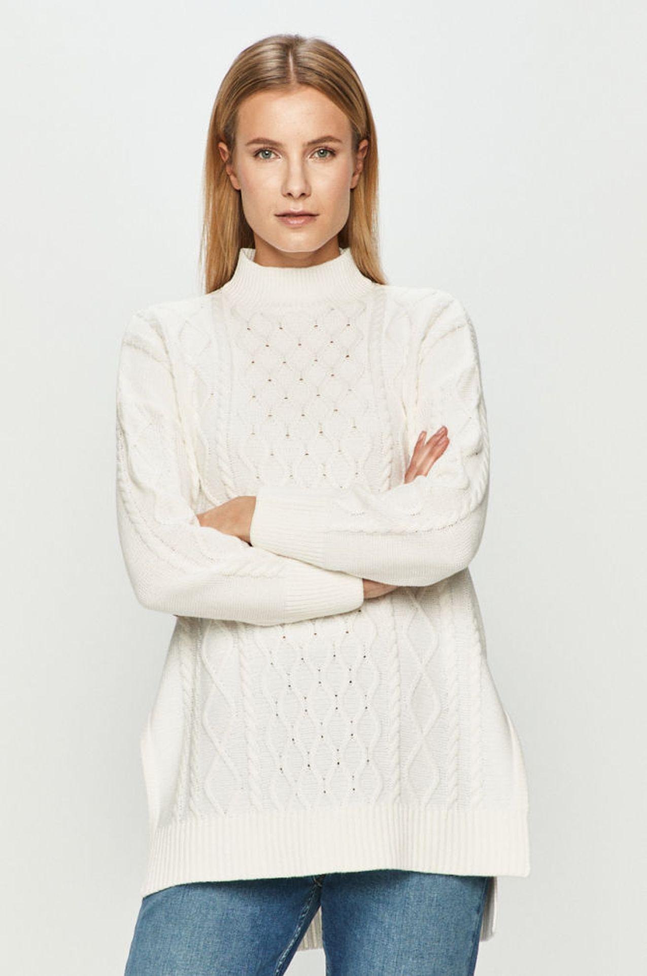Biały długi sweter