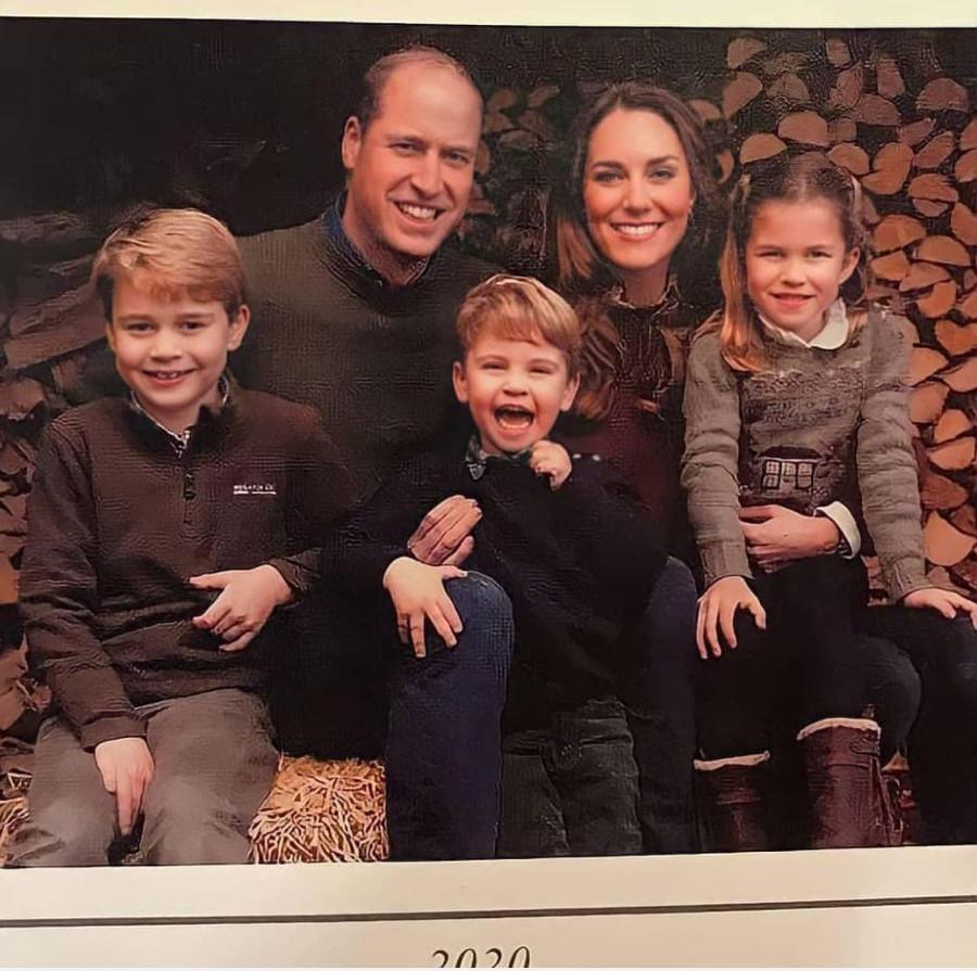 Świąteczna kartka rodziny Cambridge.