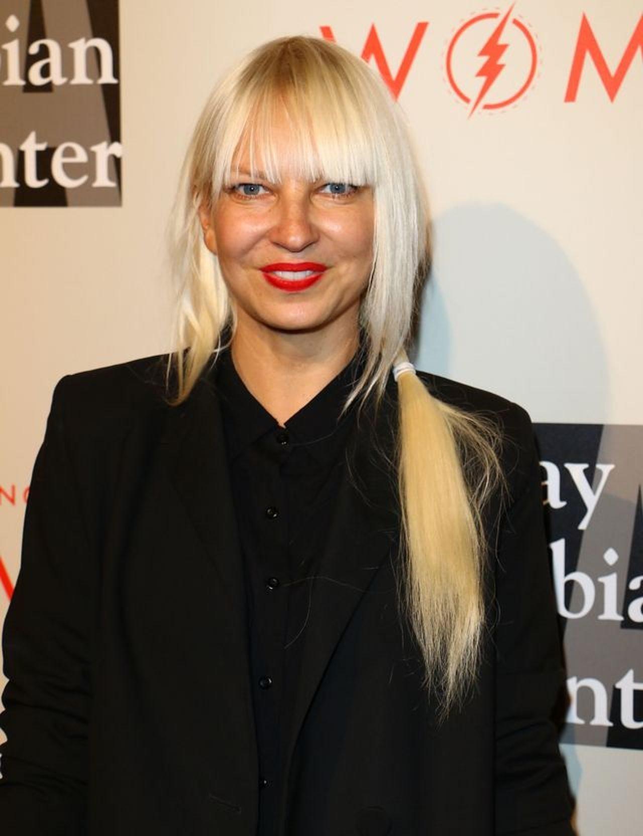 Sia przyznała, że również była ofiarą Shii LaBeouf.