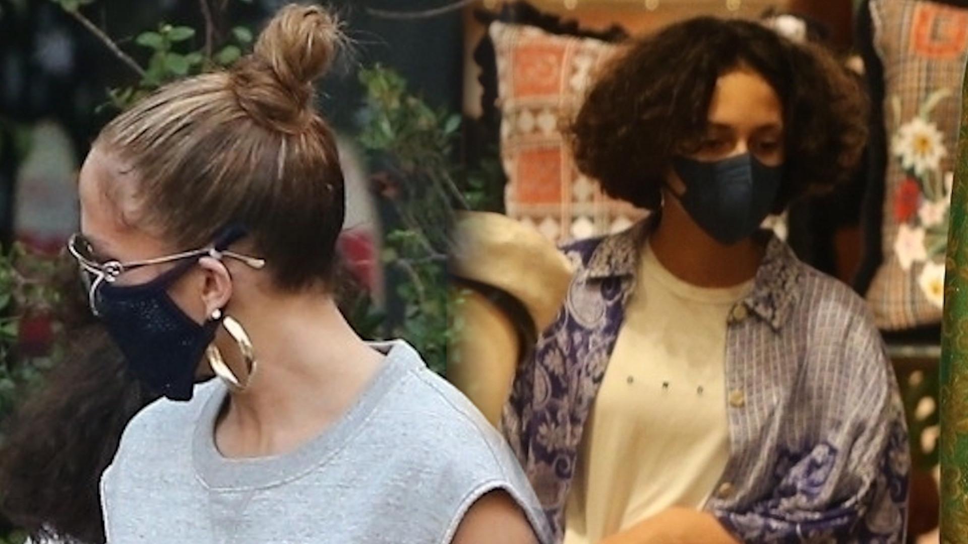 Jennifer Lopez wybrała się z córką na zakupy. Przez te spodnie zwracała na siebie uwagę