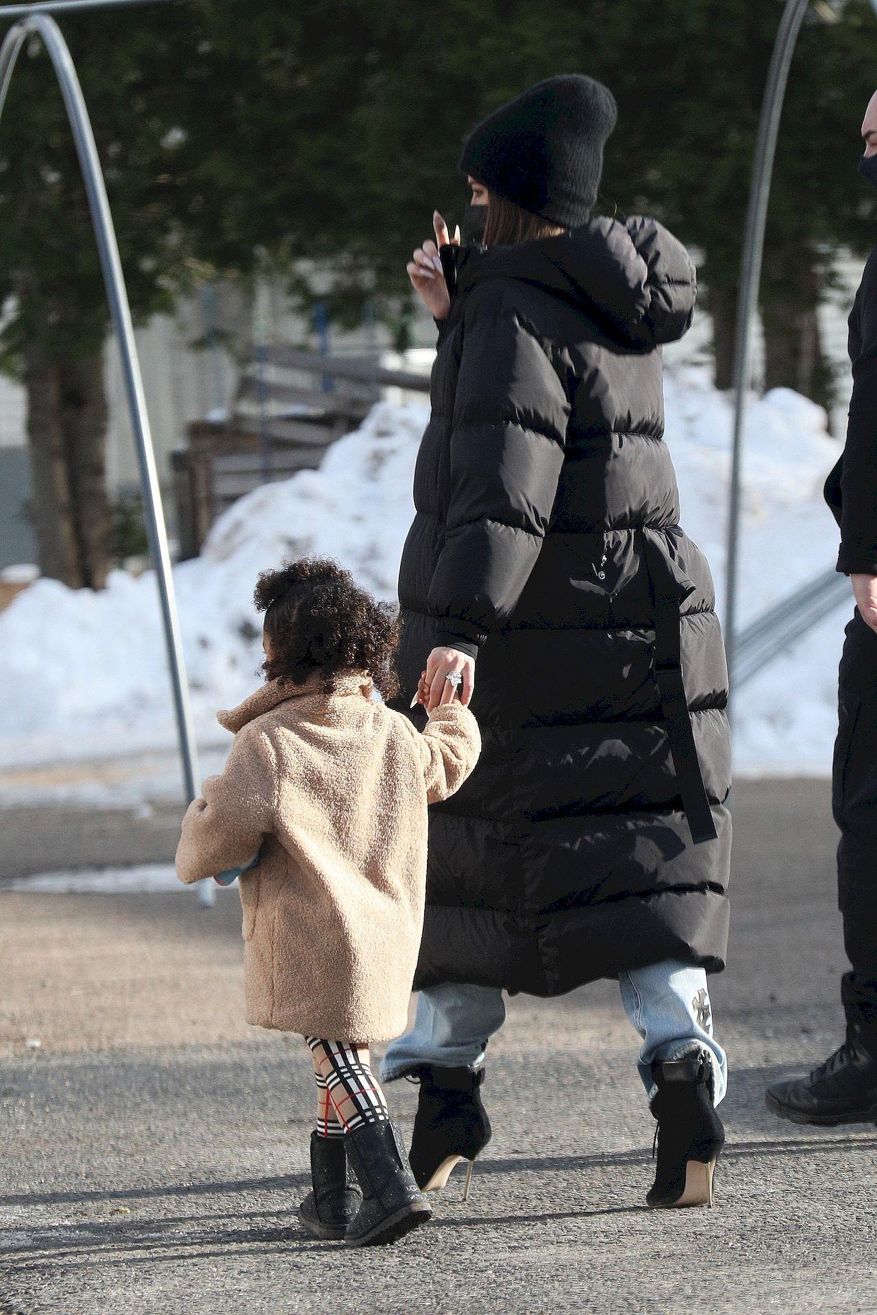Khloe Kardashian z córką w Bostonie