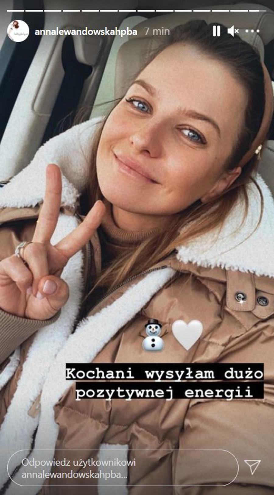 Anna Lewandowska w modnym kożuchu.