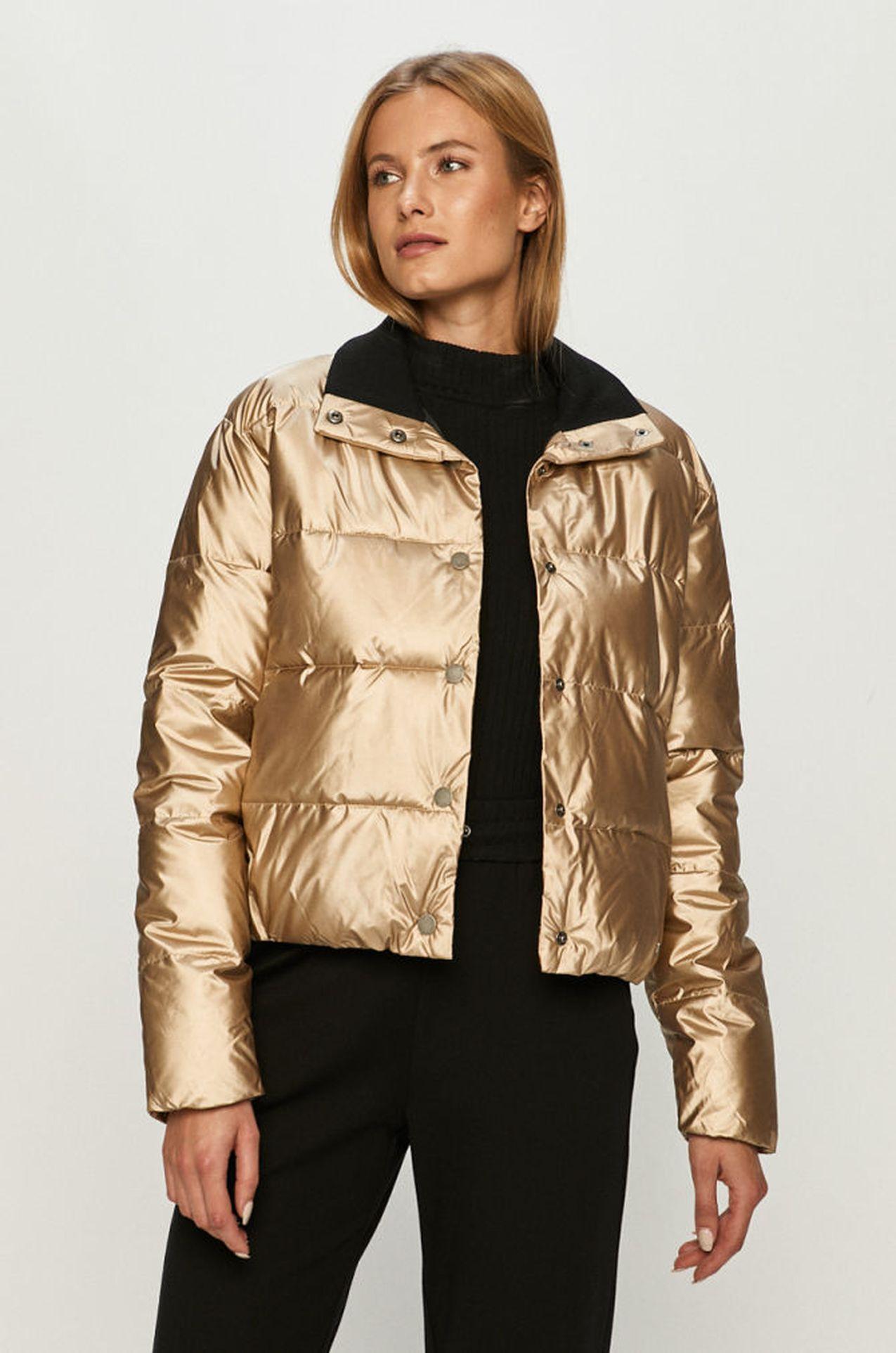 Złota kurtka na zimę