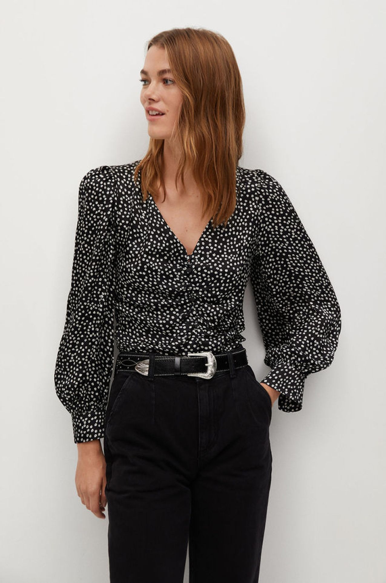 Czarna koszula z bufkami