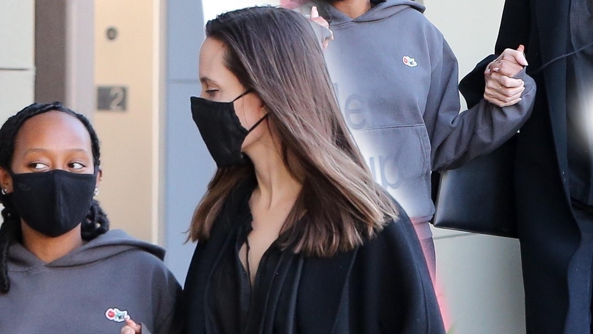 Angelina Jolie z 16-letnią córką Zaharą. Aktorka w ulubionej stylizacji (ZDJĘCIA)