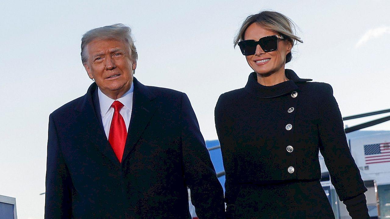 Donald Trump OPUŚCIŁ Biały Dom. Melania Trump w garsonce i koku (ZDJĘCIA)